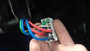Как можно завести ВАЗ-2110 без ключа зажигания