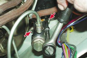 Как правильно прокачать сцепление на ВАЗ-2106