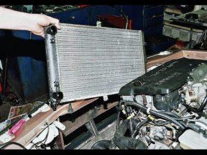 Как правильно снять и поменять радиатор на ВАЗ-2110