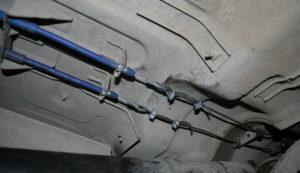 Как сделать замену троса ручника на Ладе Калина